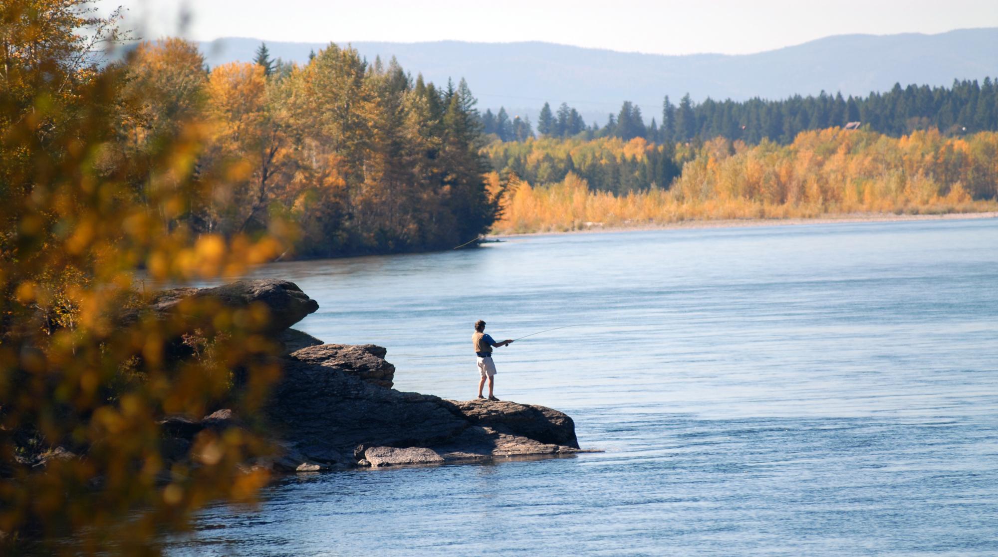 a river runs through it themes Norman maclean river runs through essays - norman maclean's a river runs through it these two things are themes that run through.