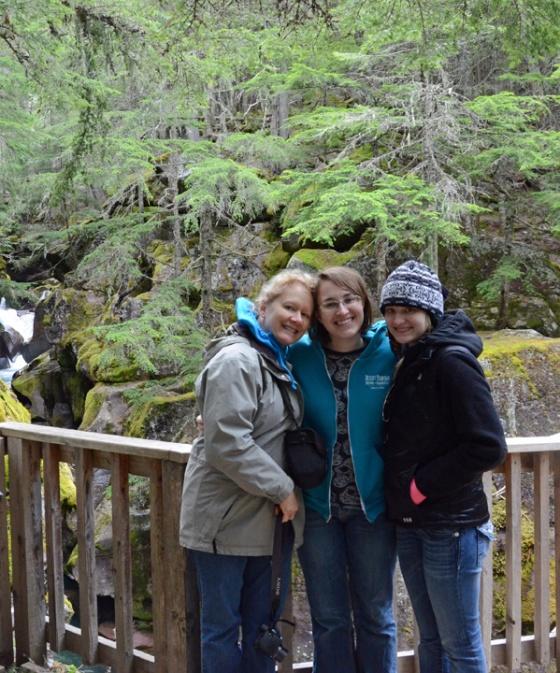 Girls in the cedars